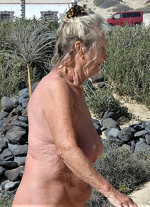 busty mature grannies