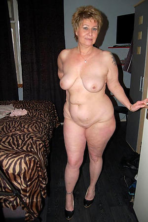 mature grannies love posing nude