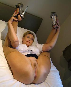 xxx mature legs heels