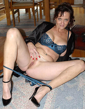 mature women in stockings and heels sex gallery