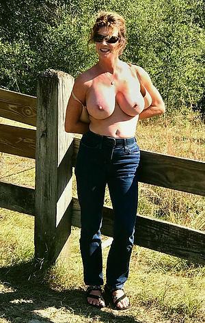 sexy old women posing nude