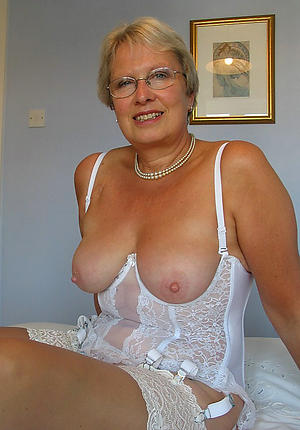 hotties old column pussy
