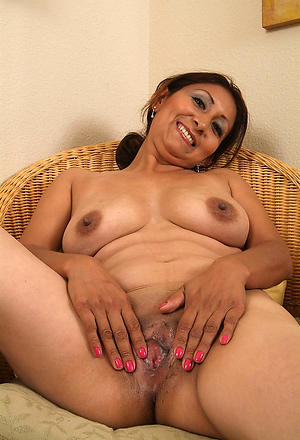 nude pics of sexy latina girls
