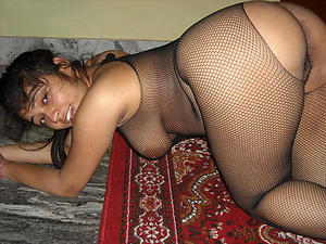 hot latina body of men posing nude