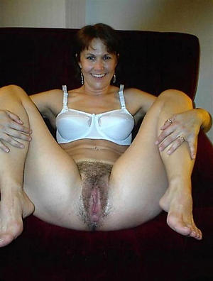 mature milf legs porn pics