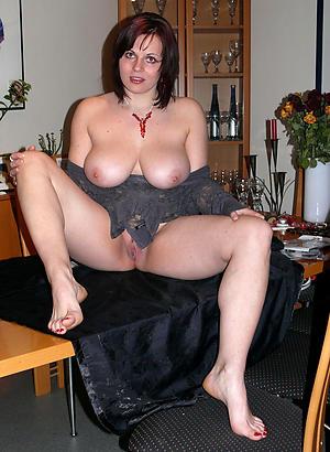 hotties mature long legs