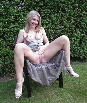 porn pics of mature women with erotic legs