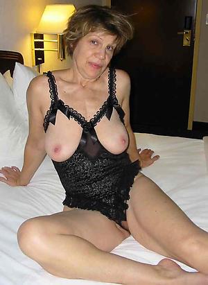 old column in lingerie unresponsive pics