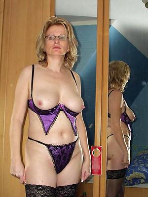 xxx sexy ladies in lingerie