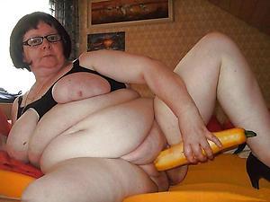 older women masturbating inexpert pics