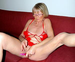 beautiful hot women masturbating