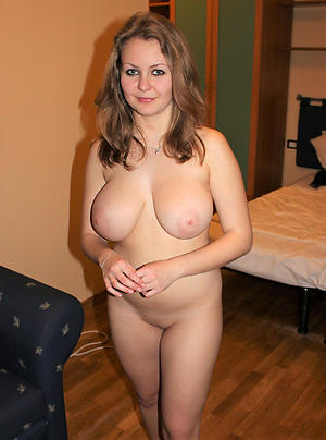 undefiled milfs posing nude