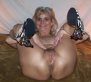 naked mom pussy