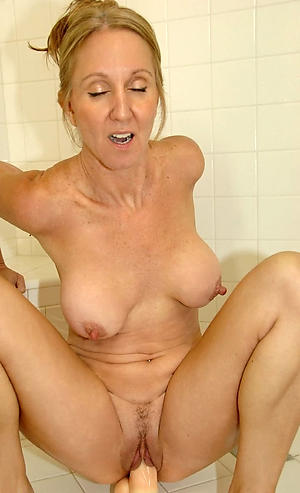 mature big nipples porn pictures
