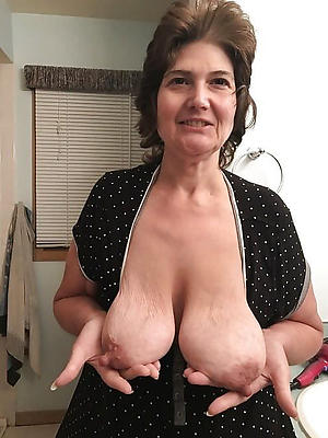 extended mature nipples amateur pics