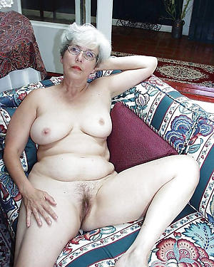 porn pics of old horny chick