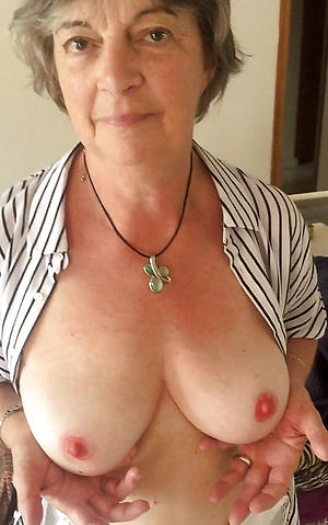crazy lonely old woman porn pics