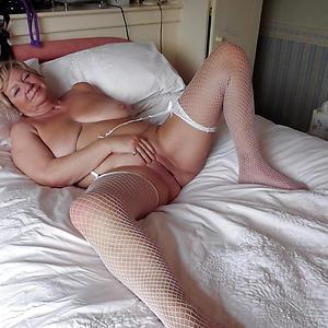 amateur mature women vacant private pics