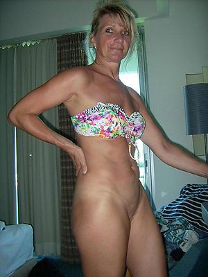 mature amateur nude pics