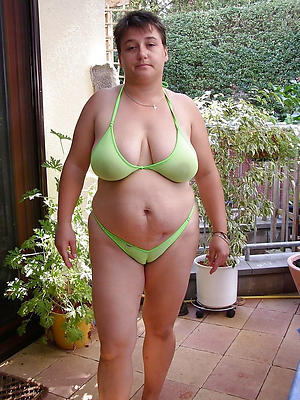 porn pics be expeditious for women in bikinis