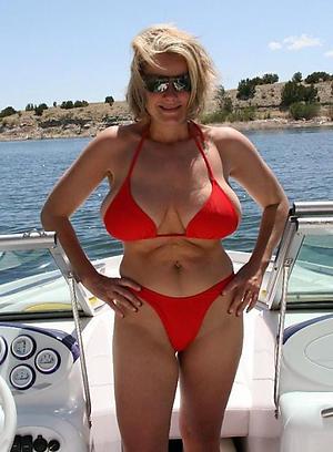 despondent wo women in bikinimen in bikini love posing nude