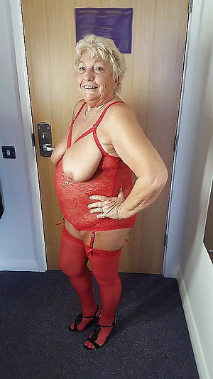 nude pics of of age bbw milfs