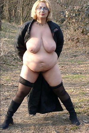 free pics of mature bbw naked