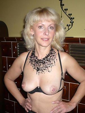 elder blonde women porn pictures