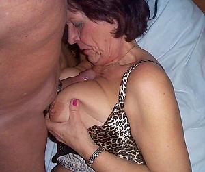 hot brunette women amateur pics