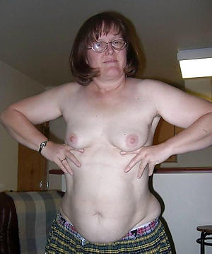 sexy older brunette women
