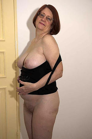 amateur older brunette women
