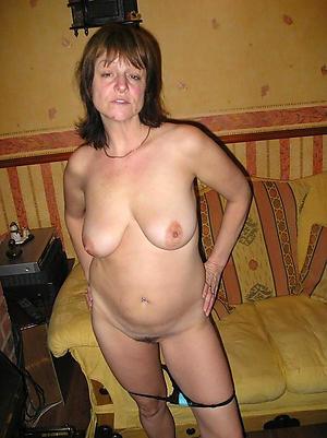 nude hottest brunette women