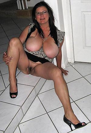 porn pics of mature brunette women