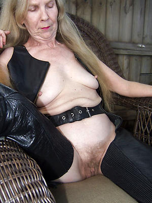 mature nude girlfriends private pics