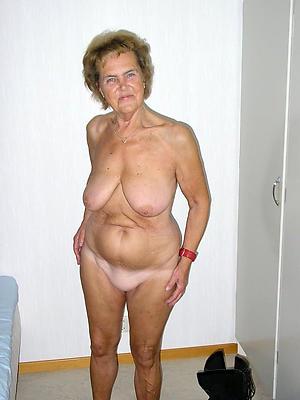 hotties mature nude girlfriends