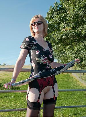 women masturbating outdoors posing minimal
