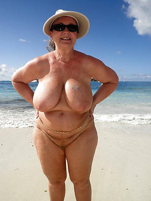 nude seaside grannies private pics