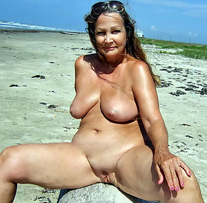 naked beach grannies gallery