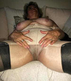 amazing full-grown in pantyhose