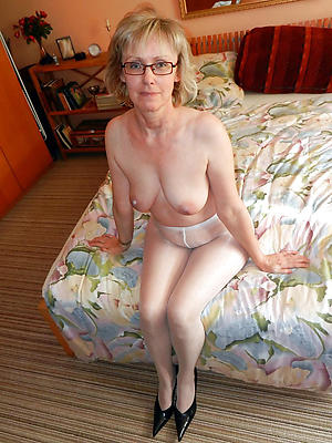 busty hot women there pantyhose
