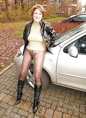 body of men in pantyhose nylon amateur pics