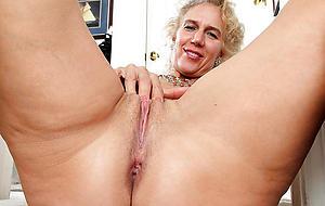granny shaved pussy exalt porn