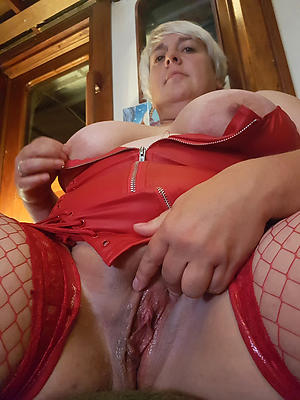 granny shaved pussy amateur pics