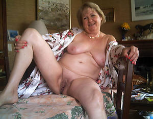 naughty granny obese clit pussy
