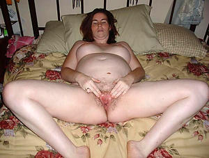 old women big tits plus pussy nude photo