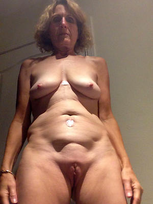 big saggy mature tits posing unclad