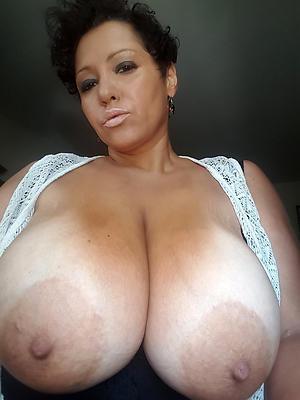 porn pics be incumbent on mautre selfshot nude