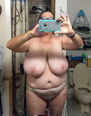 crazy mautre selfshot nude