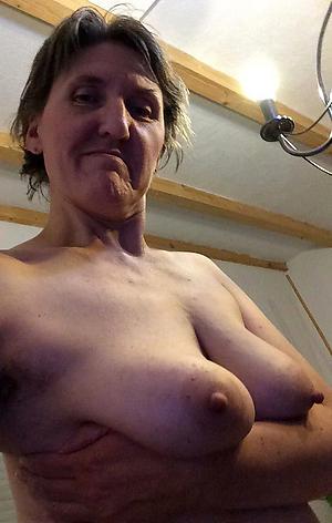 cute female parent selfie free pics