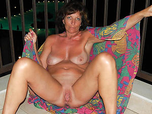 crazy mature shaved pussy